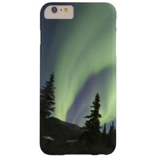 Curtains of green aurora borealis in the sky 2 barely there iPhone 6 plus case