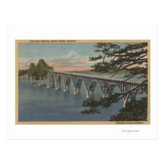Curva del norte Oregon - opinión del puente de la Postal