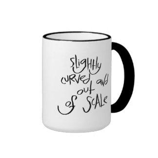 Curvado levemente y fuera de escala taza de café