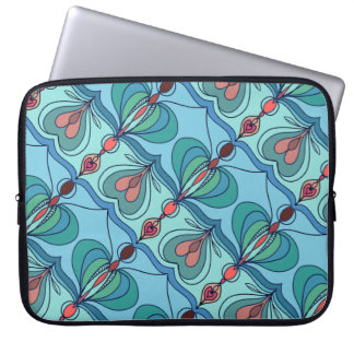 Curved lines on the diagonal laptop sleeve