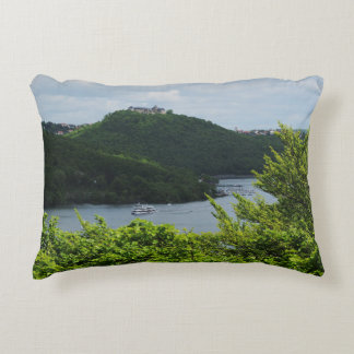Cushion closed forest-hits a corner and Edersee