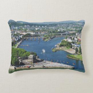 Cushion German hit a corner in Koblenz