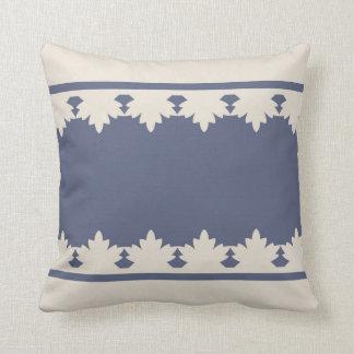 Cushion Laura 25 Throw Pillows