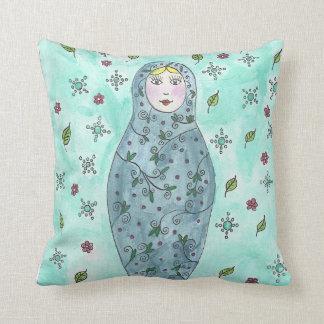 Cushion Matriochka designed by Onontia