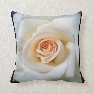 Cushion white rose
