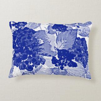 Cushion with hortensias blue indigo or índigo