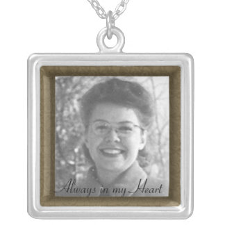 Custom Family Memorial Photo Frame Necklace