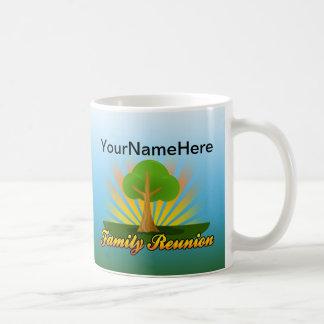 Custom Family Reunion, Green Tree with Sun Rays Coffee Mug
