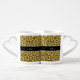 Custom name yellow glitter giraffe couples mug