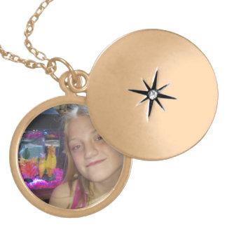Custom Round Metal Locket Polished Gold Finish