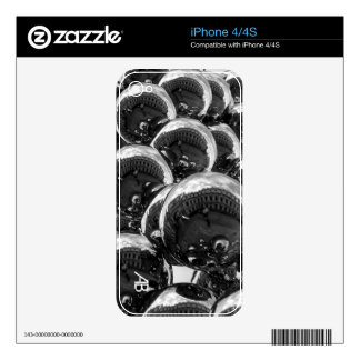 Customizable: Bubbles Skin For The iPhone 4