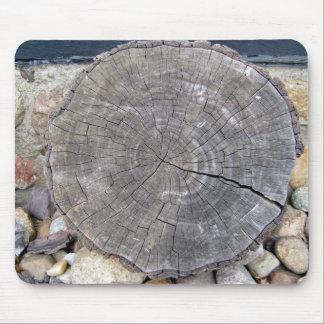 Cut Log, Woodgrain background texture Mousepad