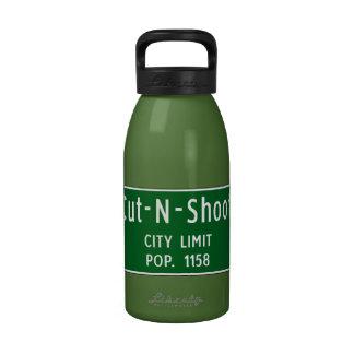 Cut-N-Shoot, Road Marker, Texas, USA Drinking Bottle
