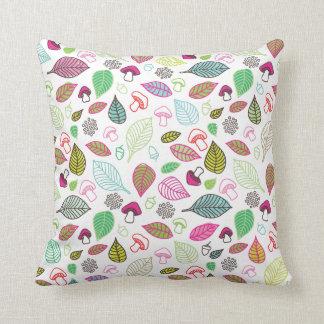 Cute autumn doodle leaf flower retro pattern throw pillow