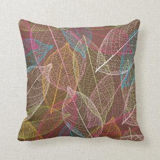Cute autumn doodle leaf nerve retro pattern throw pillow