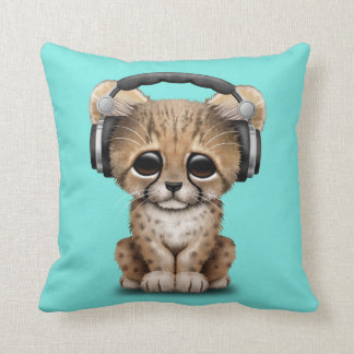 Cute Baby Cheetah Dj Wearing Headphones Throw Pillow