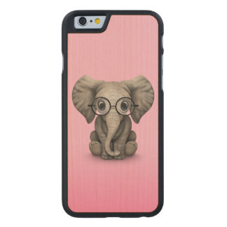 Cute Baby Elephant with Reading Glasses Pink Carved® Maple iPhone 6 Case