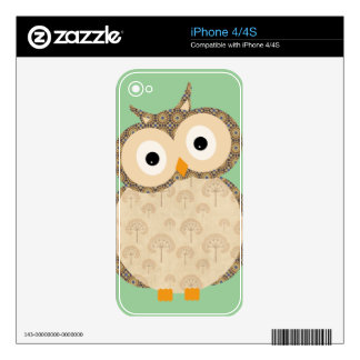 Cute baby owl skins for the iPhone 4S