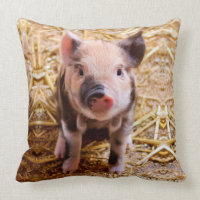 Cute Baby Piglet Farm Animals Babies Throw Pillow