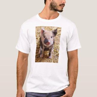 Cute Baby Piglet Farm Animals Barnyard Babies T-Shirt