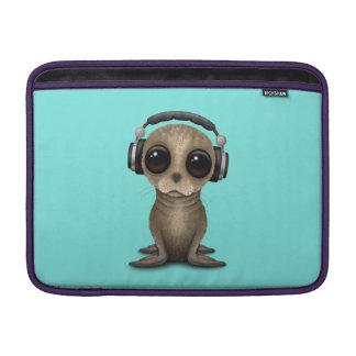 Cute Baby Sea lion Wearing Headphones Sleeve For MacBook Air