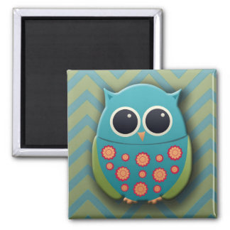 Cute Blue and Green Owl on Zigzag Chevron Pattern Magnet