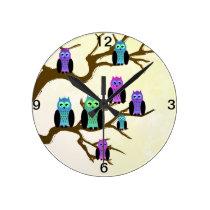 Cute Bright Owls Round Clock