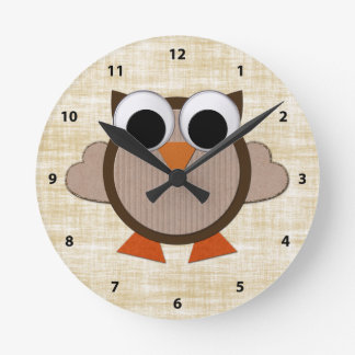 Cute Brown Retro Owl Clock