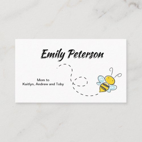 Cute Bumble Bee In Flight Mommy Daddy Calling Card