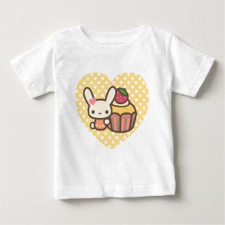Cute bunny cupcake strawberry pink kawaii baby T-Shirt