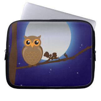 Cute cartoon owl in moonlight laptop computer sleeves