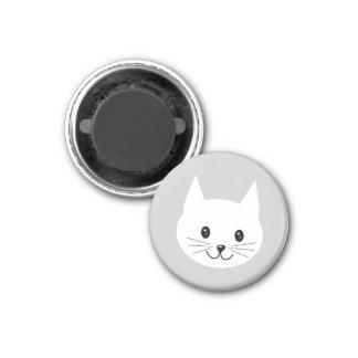 Cute Cat Face. 1 Inch Round Magnet