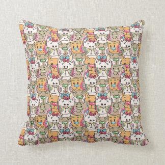 Cute Cat Face Pattern Throw Pillow