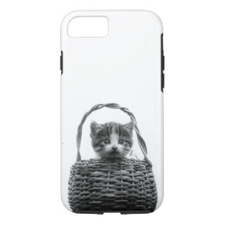 Cute Cat in a Basket Vintage Photo iPhone 8/7 Case