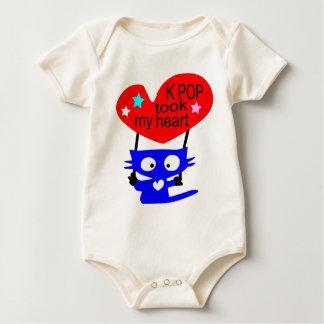 Cute cat love K POP vector art baby creeper