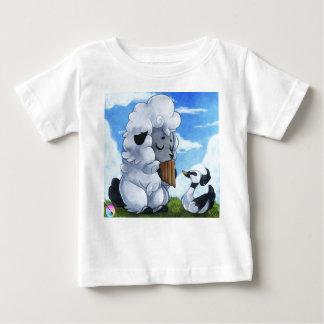 Cute children T-shirt by Nayobe Millis! Playera