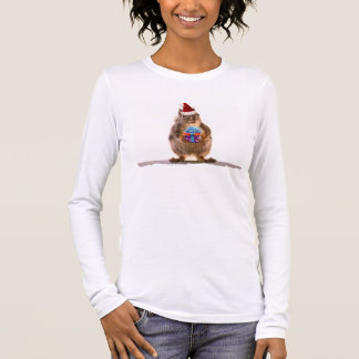 Cute Christmas Squirrel and Gift Long Sleeve T-Shirt