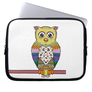 Cute Colorful Owl - white Computer Sleeve