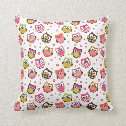 Cute Colorful Owls Pillow (White)