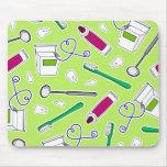 Cute Dentist / Dental Hygienist Love Green Purple Mouse Pad