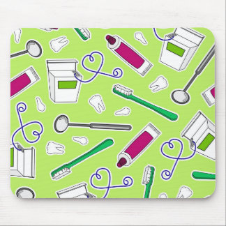 Cute Dentist / Dental Hygienist Love Green Purple Mousepad