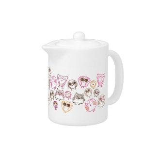 Cute doodle illustration teapot pattern