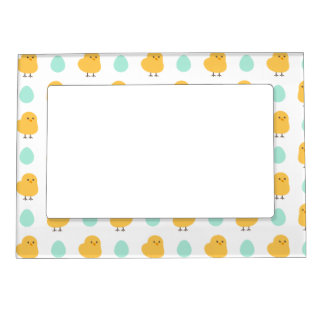 Cute drawn yellow chick and egg easter pattern magnetic photo frame