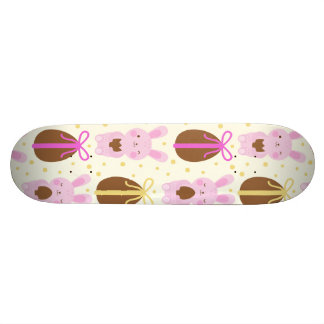 Cute Easter bunnies and chocolate eggs pattern Skateboard