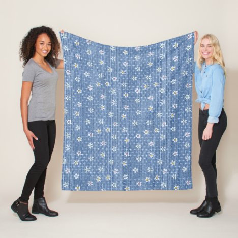 Cute faded grainy denim look with simple flowers fleece blanket