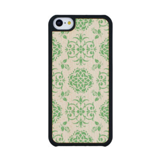 Cute Floral Damask Stylie Pattern Green and White Carved® Maple iPhone 5C Case