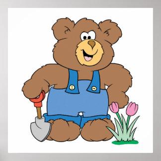 Cute Gardening Bear Print