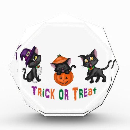 Cute Halloween Cats Award