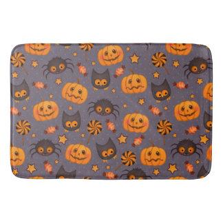 Cute Halloween Pattern Purple Background Bathroom Mat