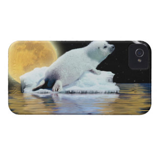 Cute Harp Seal Fantasy Art Wildlife Supporter iPhone 4 Cases